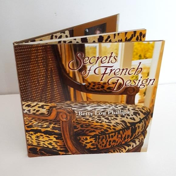 NWOT Interior design book